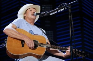 Alan Jackson to play Tucson show in May