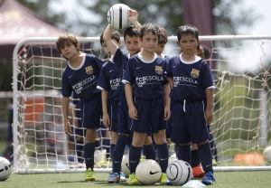 Clubes europeos abren academias de fútbol en EEUU