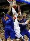 US rolls by Spain in final tuneup