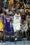 NBA: Lakers' Bryant scores 40 in loss, says 'we played old'