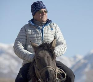 TV's Andrew Zimmern talks 'Bizarre Foods,' horse meat