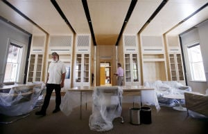 Donors slow to offset costs for UA president's office