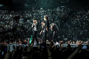 'One Direction' film sanitized for teenage protection