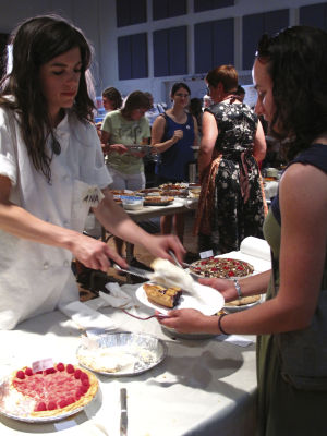 11th annual Pie Party this Saturday at Mercado San Agustín