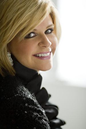 Acclaimed mezzo Graham opens up song fest final weekend