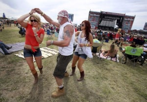 Tucson band Run Boy Run thrills at Country Thunder