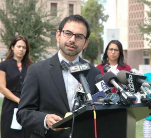 Coalición apelará fallo en ley de inmigración de Arizona