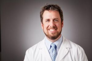 Surgeon Hunter joins Eyecare, Surgery Center