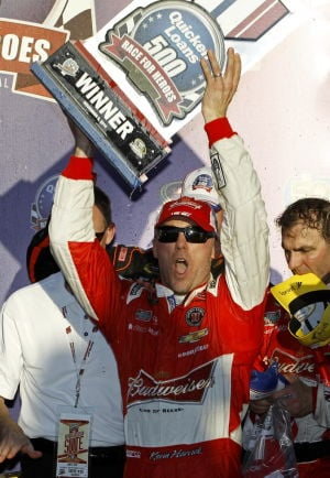 Harvick wins Phoenix race; Gordon eliminated