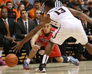 Photos: No. 3 Arizona 74, Oregon State 69