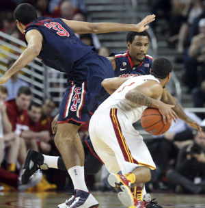 Arizona basketball: From dominant to dreadful on D