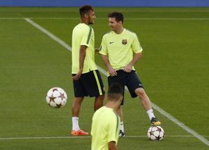 Messi y Barcelona en la cima según encuesta de AP