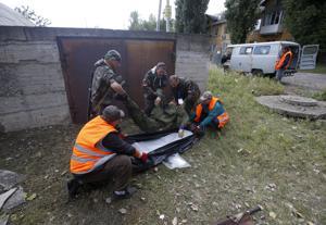 Ucrania: Rebeldes cerca de aeropuerto de Donetsk