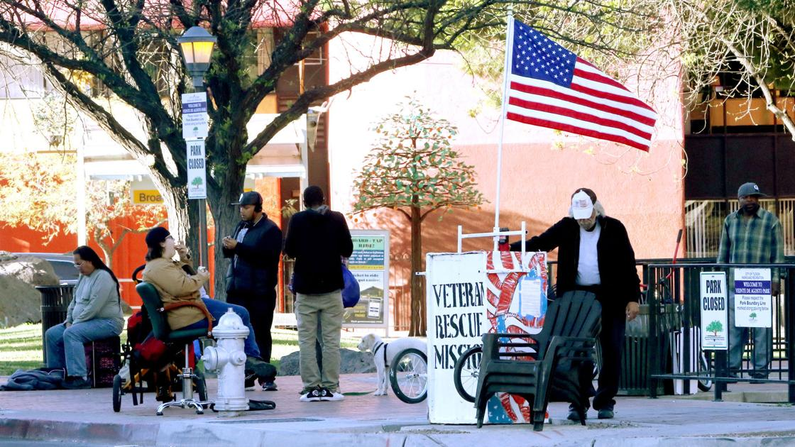 Homeless Effort Returns To Closed Park In Downtown Tucson For Now Government And Politics