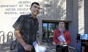 Tucson 'dreamers' line up to get driver's licenses
