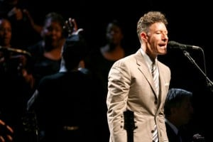 REVIEW: Lyle Lovett's Tucson performance had a little something for everyone