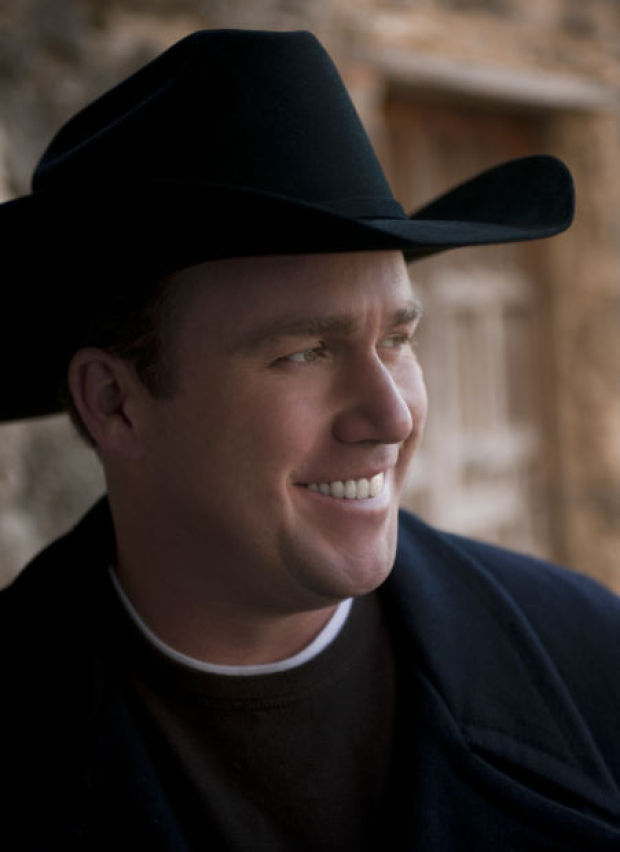 Comedian Rodney Carrington Is Anything But Country