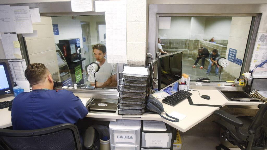 Tucson inmates could be bused to santa cruz jail local