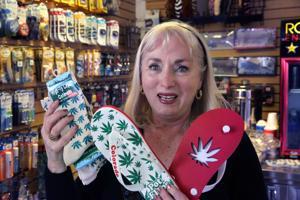 Aeropuerto en Denver prohíbe venta de recuerdos de marihuana