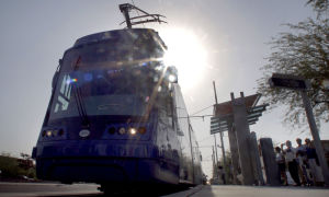 About 17,000 ride Tucson's streetcar opening day