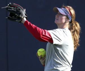 Arizona Wildcats softball: Ace Fowler will redshirt, rehab this spring