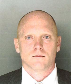 Hallan muerto a acusado de matanza en Pennsylvania