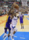 NBA Clippers clinch title, sweep Lakers; Knicks capture 12th straight