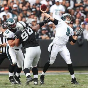 Former UA quarterback Foles ties NFL record with 7 TDs