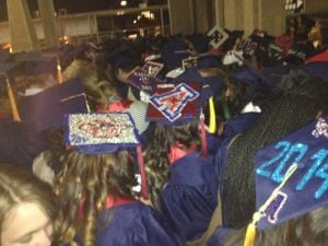 UA grads complain of heat, lack of water and seats at commencement