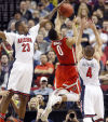 Hansen: Arizona hushes Russell, Ohio St. zone