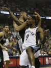 NBA Playoffs: Spurs 93, Grizzlies 86: Parker leads Spurs back into finals