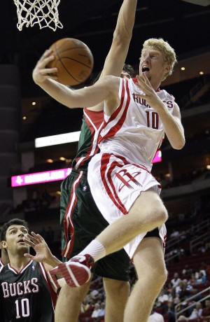Arizona basketball: Budinger keeps close watch on NBA talks