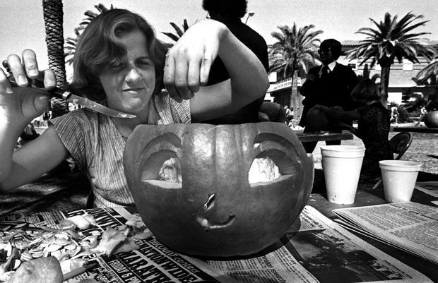 Throwback Thursday: 1979 UA pumpkin carving contest