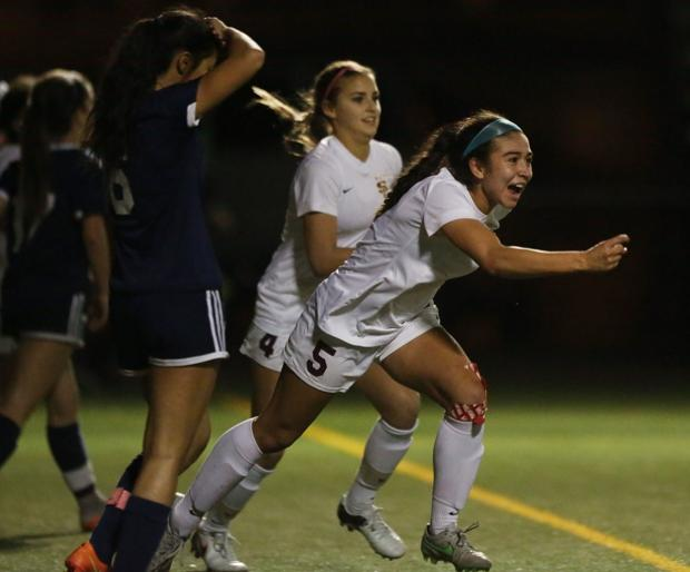 Photos: I-Ridge vs. Salpointe girls soccer