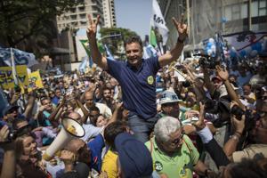Clase media baja decidirá los comicios de Brasil