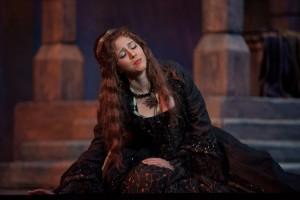 Opera lead makes scene reality (sans blood)
