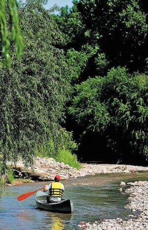 Can you really 'navigate' the Santa Cruz River?