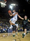 Men's college basketball: Michigan 10-0 after routing Binghamton