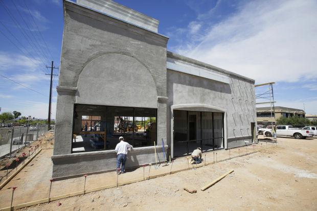 Mattress Firm crowding Tucson corners local market