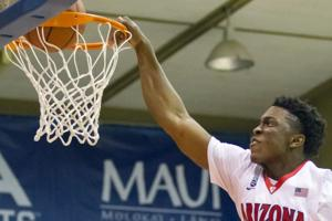 No. 3 Arizona beats Kansas State 72-68 to reach Maui final