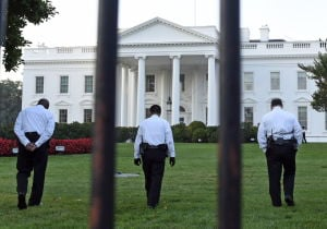 Second man arrested trying to enter White House