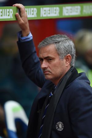 Batalla de técnicos en duelo Chelsea-Man United