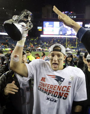 'Gronk' poised for Arizona return - with Super stakes