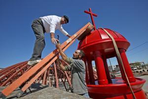 Future east coast landmark assembled in Tucson