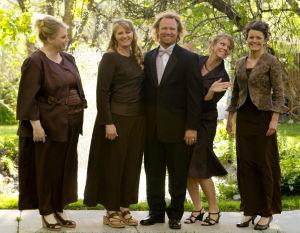 Utah: Juez deroga parte de ley contra la poligamia