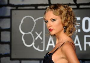 Photos: MTV Video Music Awards red carpet