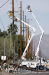 Driver hits power pole, knocks out electricity to 9,300 Tucson residents