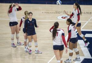 UA volleyball: BYU eliminates Arizona, Kingdon