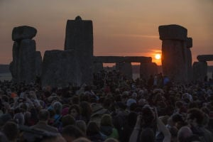 Photos: Summer solstice worship at the Stonehenge