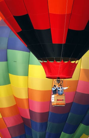 Photo of the day: Balloon stampede